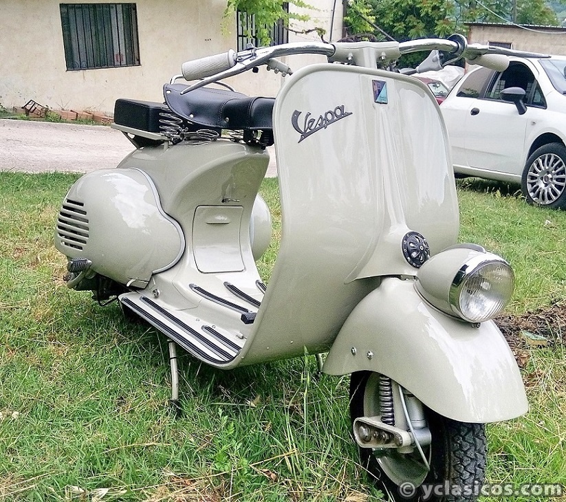 "1954 VESPA 125 – The legendary ""Faro Basso"" !!!"