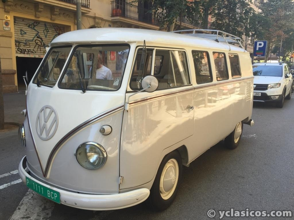 volkswagen t1 combi 11 ventana 1961 portal for buying and selling classic cars. Black Bedroom Furniture Sets. Home Design Ideas